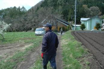 荒地をみるみるうちに立派な農園にしたスタッフ。